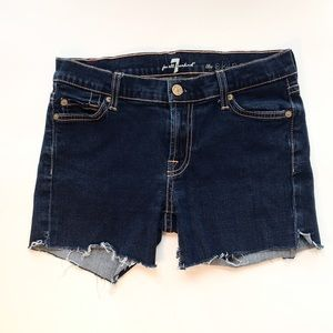 7 FOR ALL MANKIND The Skinny - Cut off Short 27